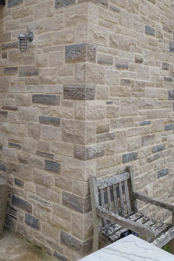 Stone dressings lewis quarries for Decorative quoins